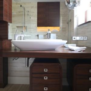 Łazienka w kamieniu – tak można wykorzystać naturalne materiały