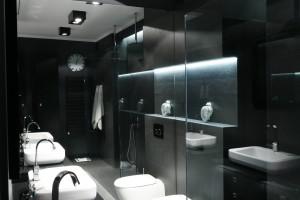 Mała łazienka – zobacz co mogą zdziałać lustra