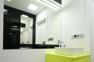 Jasna łazienka – tak urządzają polscy architekci