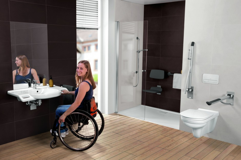 Łazienki trzeba od razu projektować jako pozbawione barier
