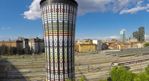 Jak została odmłodzona Tęczowa Wieża w Mediolanie