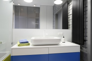 Biała łazienka: 12 nowoczesnych projektów