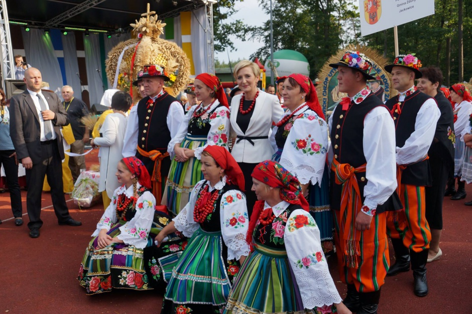 Ceramika Paradyż sponsorem Dożynek Prezydenckich w Spale