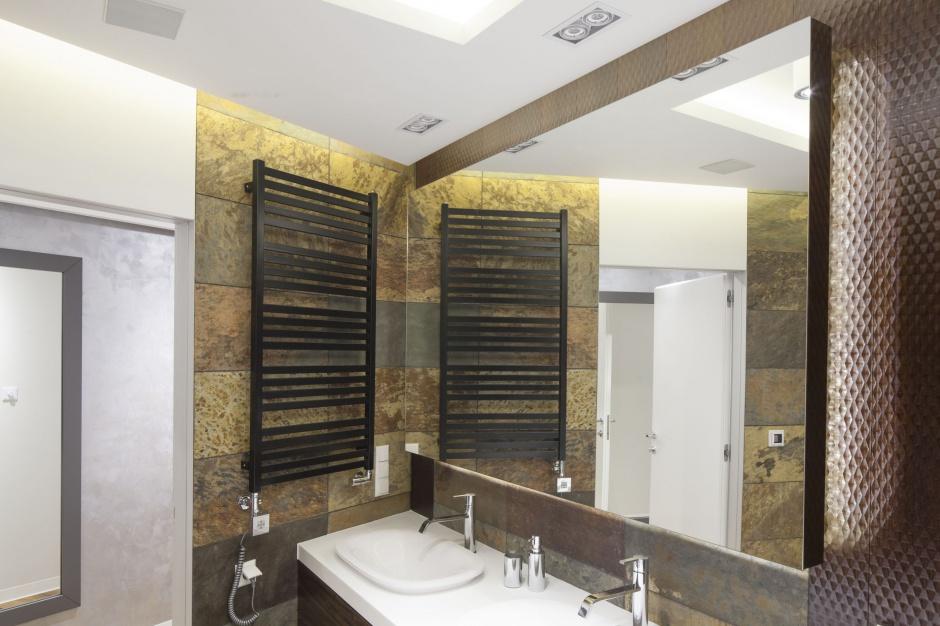 Inspirujemy łazienka Przy Sypialni Wnętrze W Pięknym