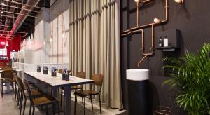 Zapraszamy na podróż do Indii - we frankfurckiej restauracji z oryginalną łazienką