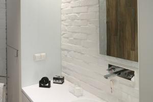 Rozmowy o projekcie: Elegancka łazienka wcale nie musi dużo kosztować