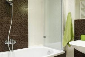 Najlepsze pomysły na prysznic – prosto z polskich domów