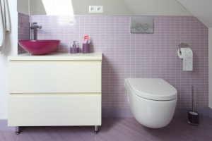 10 pomysłów na kolorową łazienkę. Prosto z polskich domów