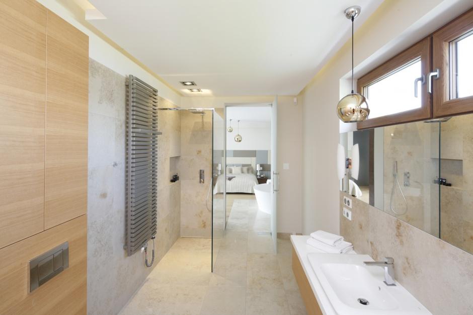 Inspirujemy Jasna łazienka W Kamieniu Modne Wnętrze Przy