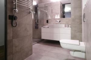 Prysznic we wnęce – sposób na małą łazienkę