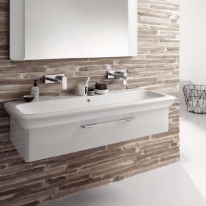 Białe meble – 12 modnych zestawów do łazienki
