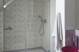 Ściana za prysznicem – najlepsze pomysły z polskich domów