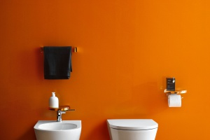 Nowoczesna łazienka: bezrantowe miski sedesowe