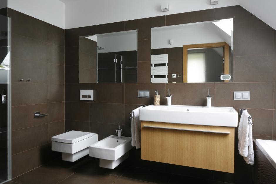 Łazienka na poddaszu – zobacz nowoczesny projekt