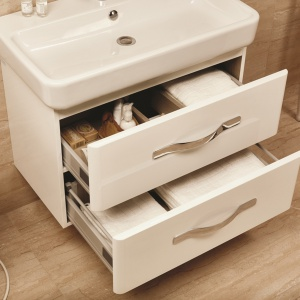 Szafki podumywalkowe – 12 modeli do małej łazienki