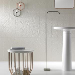 Nowy projekt Arika Levy: łazienka w biżuteryjnym wydaniu