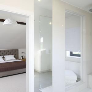 Biała łazienka – 12 pięknych wnętrz z polskich domów