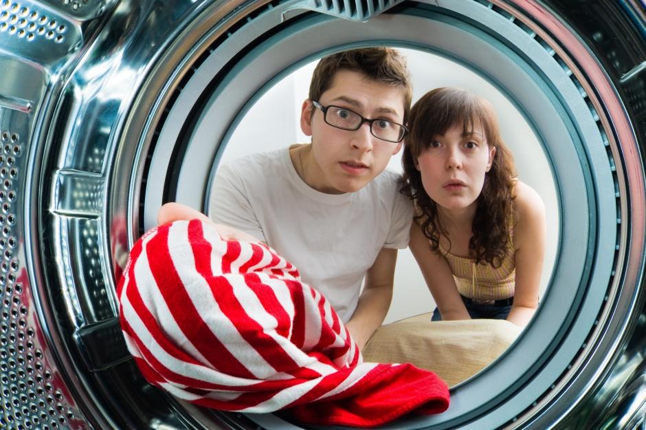 Brzydki zapach z pralki – jak się go pozbyć