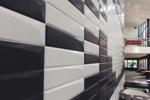 14 kolekcji płytek, które wyglądają jak cegły