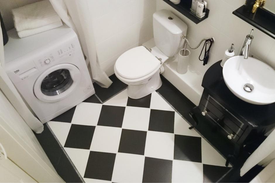 Mała łazienka. Zdjęcia przed i po metamorfozie