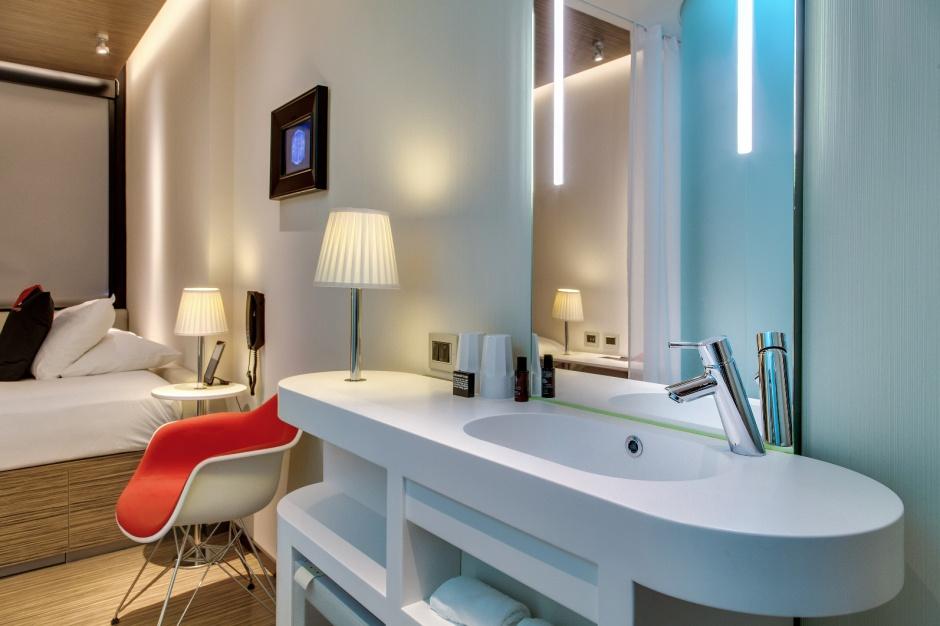 Łazienka w Nowym Jorku – nowoczesna i oszczędna w formie