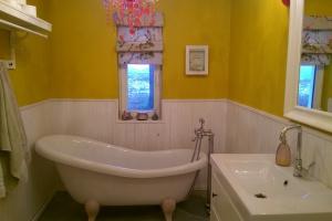 Mazurski dom Doroty Szelągowskiej – zobaczcie jej łazienki