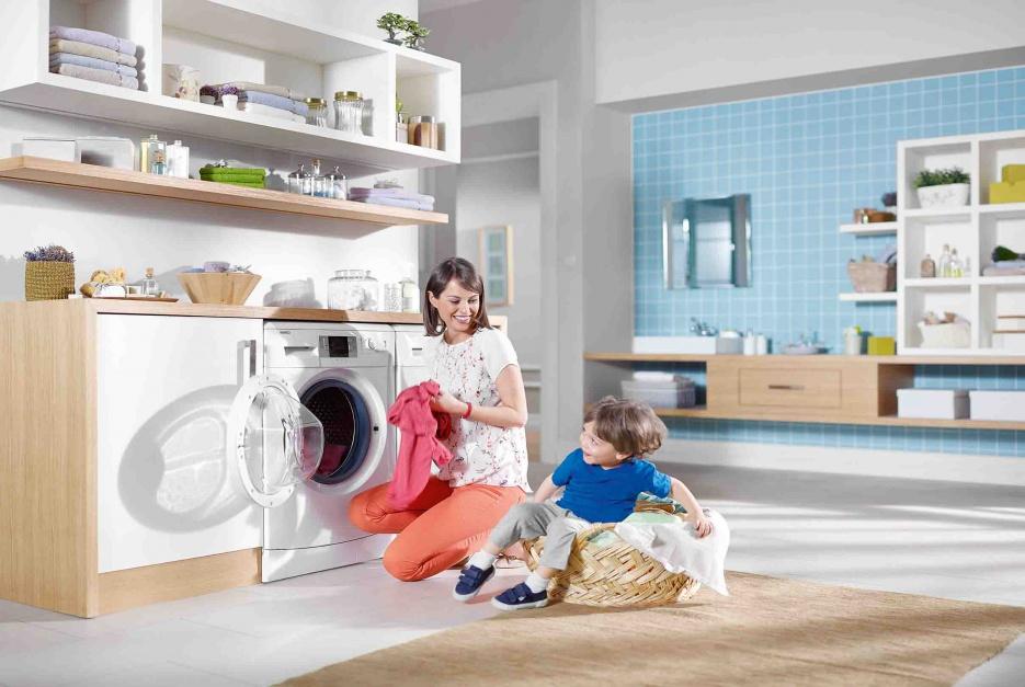 Pralka dla rodzin z dziećmi – jak wybrać