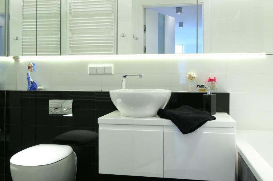 Mała łazienka - projekt na 6 metrów z pralką