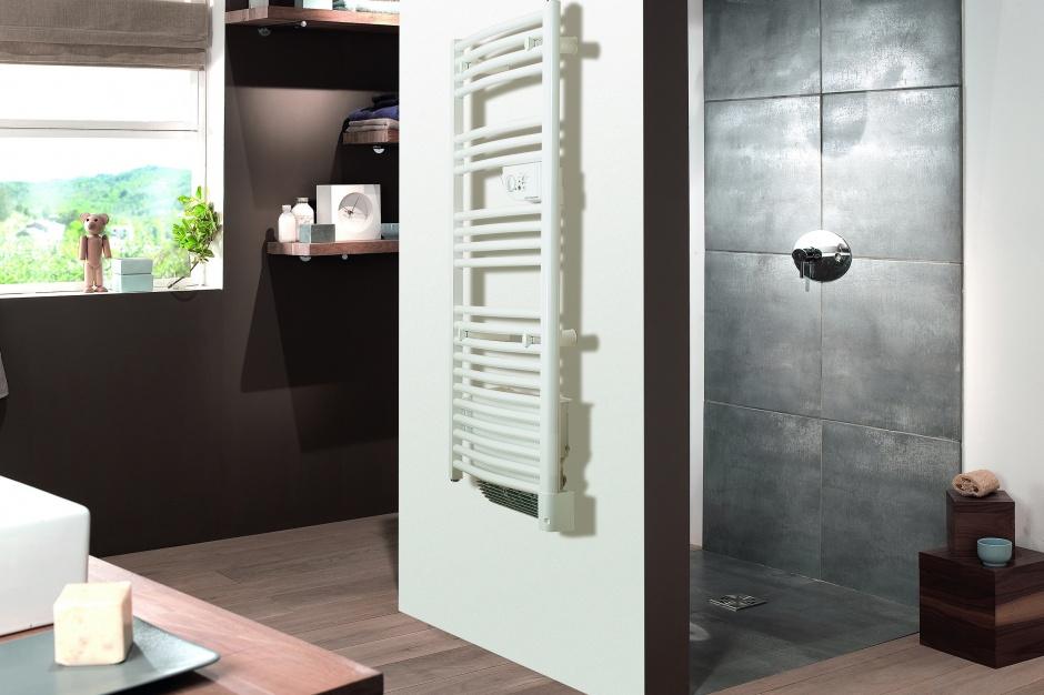 Grzejnik łazienkowy – nowość w wersjach elektrycznej i wodnej
