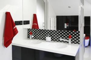 Lustro w łazience – modne pomysły z polskich domów