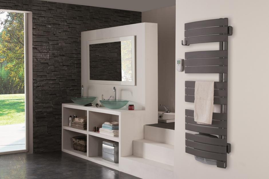 Grzejnik łazienkowy – nowość z funkcją wietrzenia