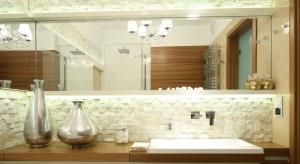 Drewno w łazience – pomysły z polskich domów