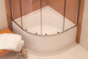 Aranżujemy Kabina Prysznicowa Jak Wybrać Do Małej łazienki