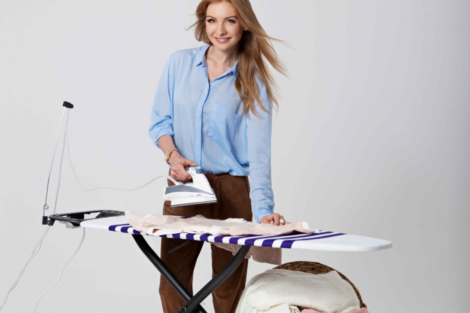 Deski do prasowania – nowe modele bez i z gniazdkami