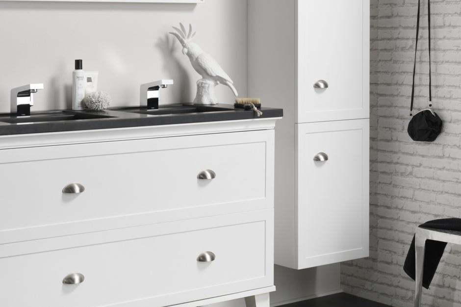 Meble łazienkowe – nowa seria w stylu klasycznym