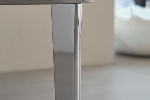 Modne meble – nowości na designerskich nóżkach