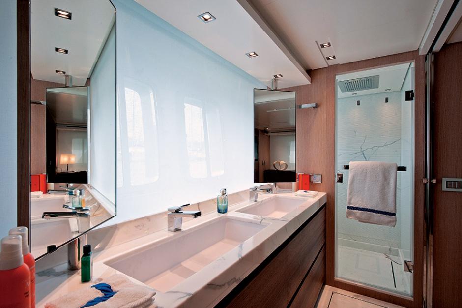 Odpłynąć w łazience - niezwykła strefa kąpielowa na jachcie