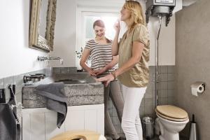 Kosz na śmieci – jaki wybrać do łazienki