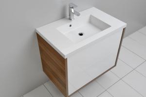 Bezuchwytowy trend w meblach łazienkowych
