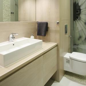 Drewno w łazience: 10 inspiracji z domów Polaków