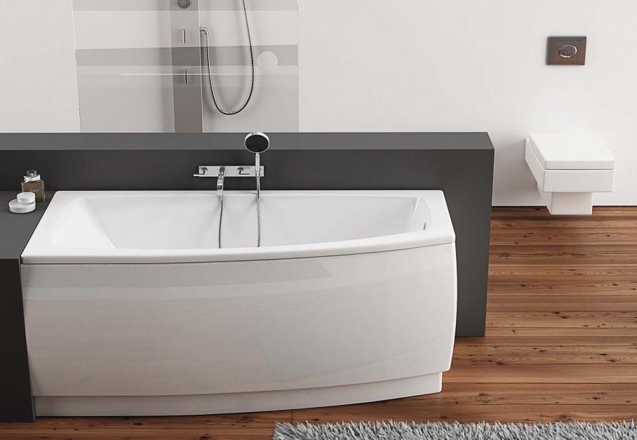 Mała łazienka: wanny na niewielki metraż