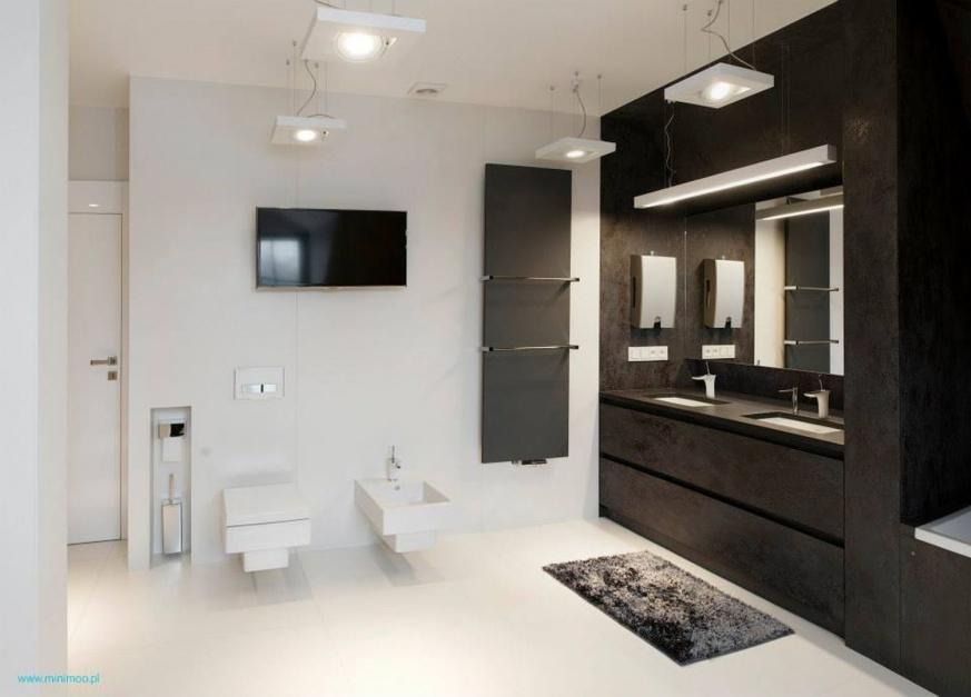 Czarno-biała łazienka: pomysły z polskich domów