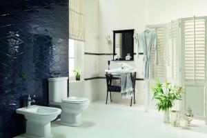 Łazienka w stylu paryskim: nowa kolekcja płytek ceramicznych
