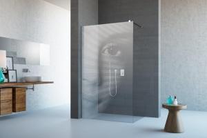 Modna łazienka - nowoczesne kabiny z grawerem na szkle