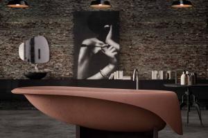 Kolor w łazience: barwne wanny wolno stojące