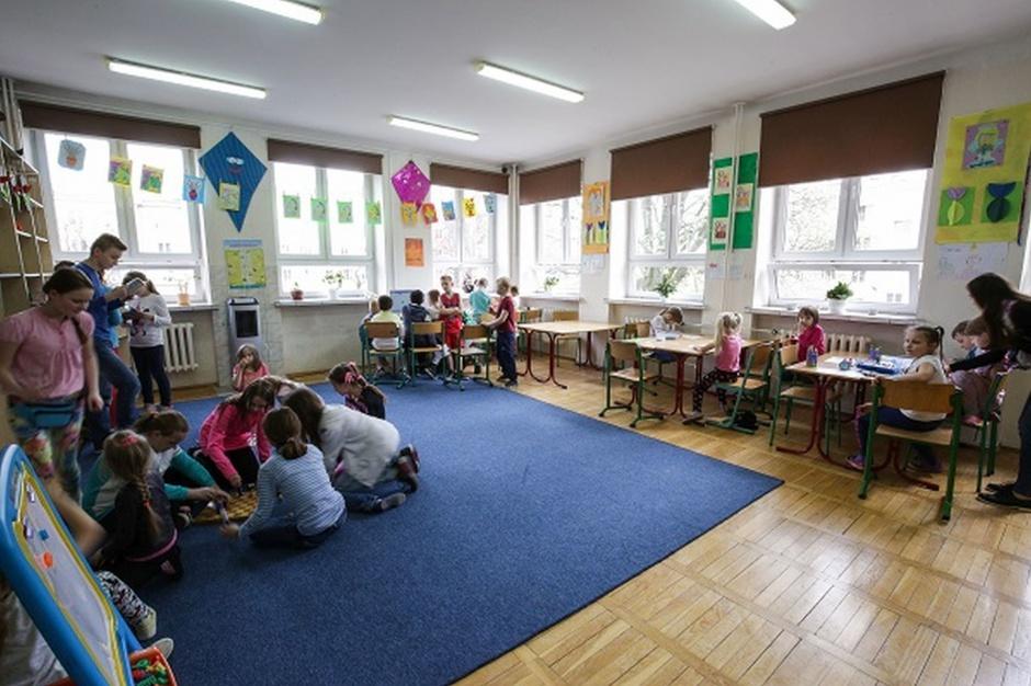 Czy uczniowie mają dostęp do czystych i funkcjonalnych łazienek?