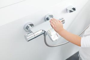 Nowoczesne baterie: wybierz model z termostatem