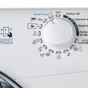 Inteligentne AGD: nowa pralka sterowana smartfonem