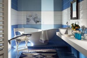 Kolor w łazience: barwne kolekcje płytek