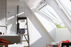 Wygodna łazienka na poddaszu: garść praktycznych pomysłów